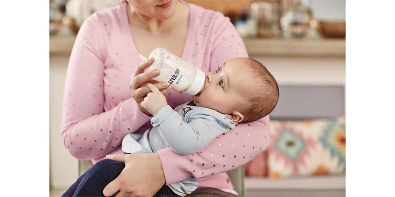 Bình sữa Avent Classic 260ml